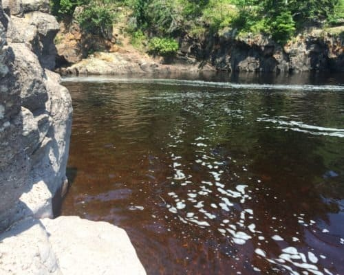 Root Beer Water on the Cascade River