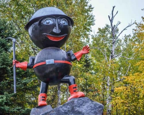 Artist Neils Forsberg used his own hands to create Rocky.
